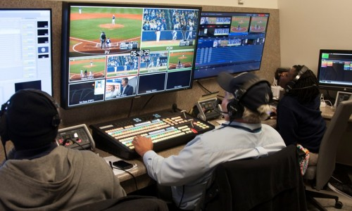 Control-Room-Art-Berger-and-Student-Staff-Directing-the-Broadcast